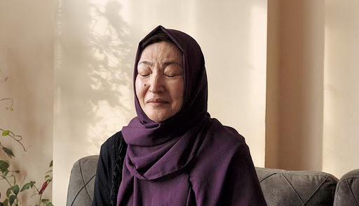 """""""Vi mulheres morrer sob tortura"""": uma ex-prisioneira de um campo Uighur conta"""