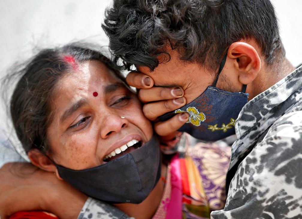 Índia regista novo recorde, 2.263 mortos e 332.730 casos num só dia