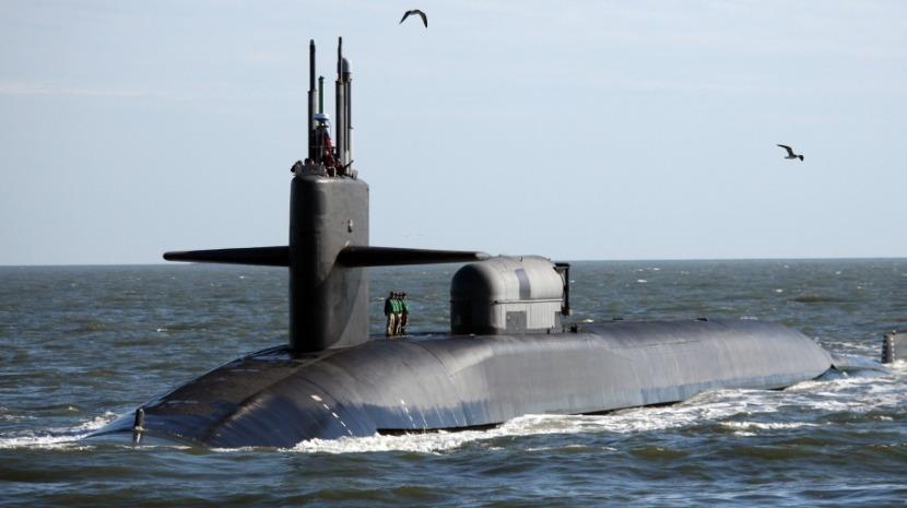 Submarino desaparecido na Indonésia tem 72 horas de capacidade de oxigénio