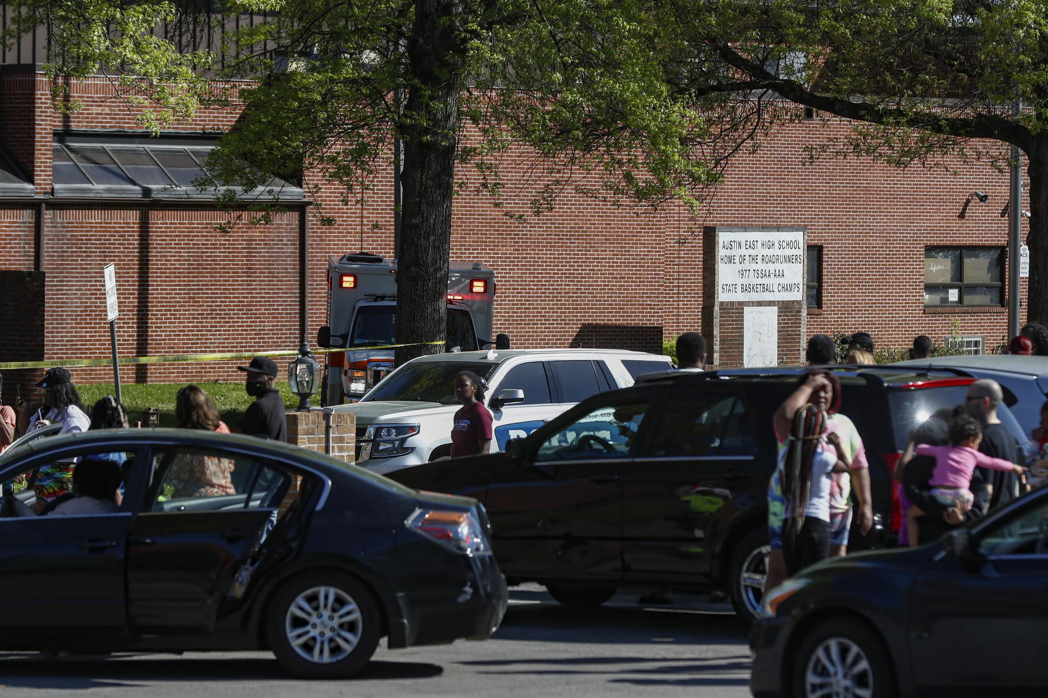 EUA: Tiroteio numa escola do Tennessee faz um morto