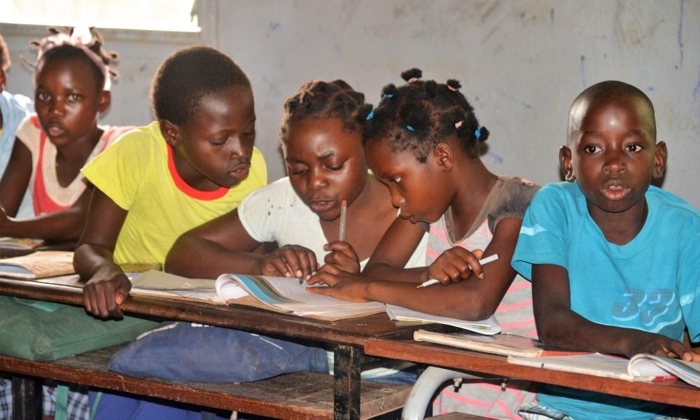 França disponibiliza 3 ME para apoio a raparigas em Moçambique