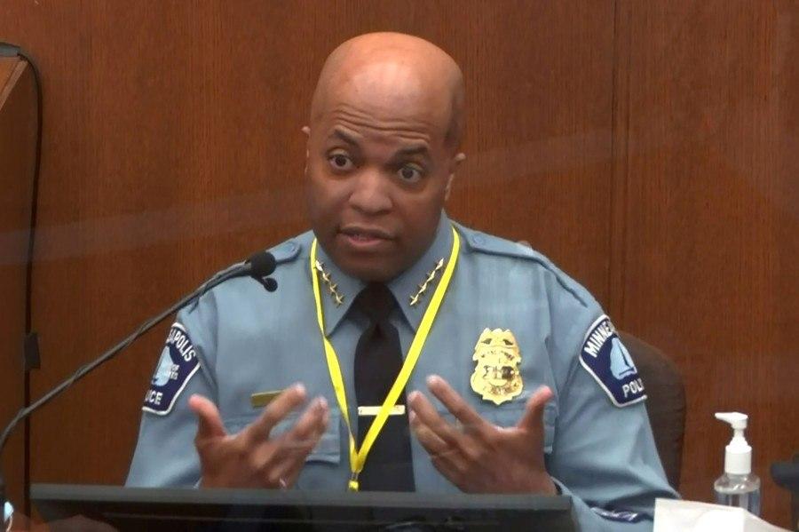 Agentes testemunham contra polícia acusado de matar George Floyd