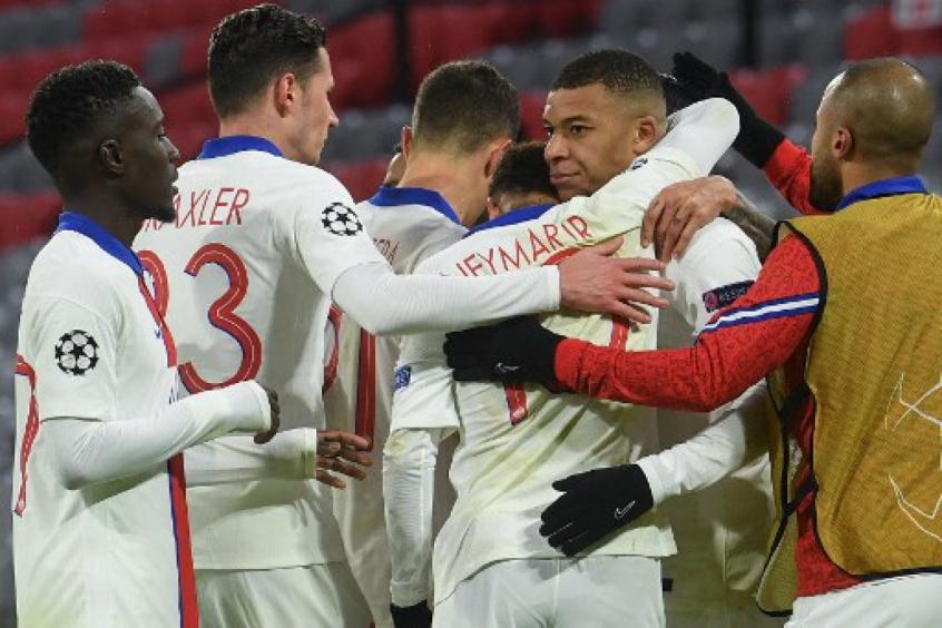 Bayern vence o PSG, mas o campeão europeu está fora da Champions