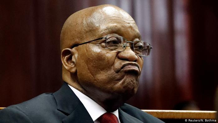 África: Ex-Presidente Zuma condenado a pagar 44 milhões de meticais em custas