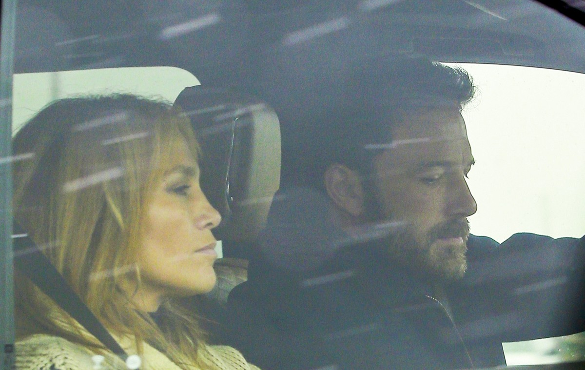 Famosos: Jennifer Lopez voltou a Los Angeles para estar com Ben Affleck