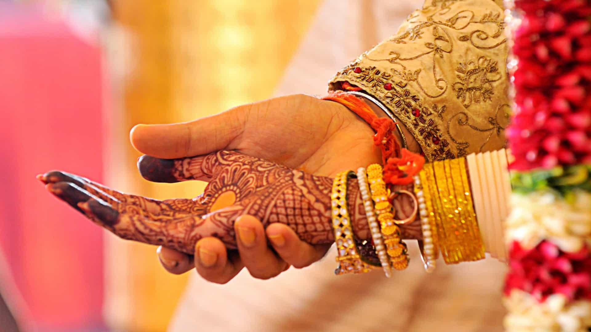Insólito: Abandonada no altar, noiva casou com um dos padrinhos do noivo