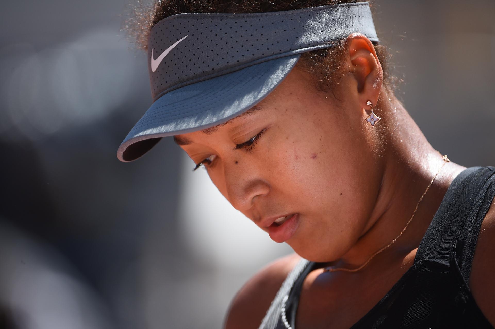 Roland Garros: Osaka desiste na sequência de crises depressivas