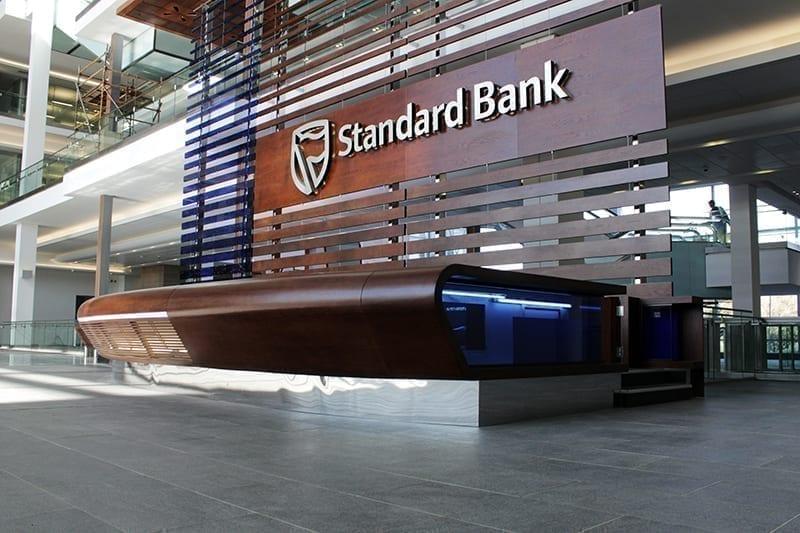 Moçambique: Suspensão do Standard Bank deixa clientes sem movimentar salários