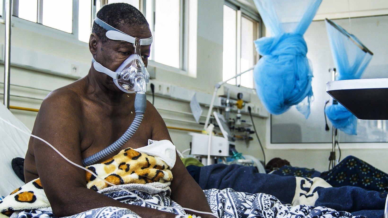 Moçambique: Terceira onda de Covid-19 com pico estimado em três semanas