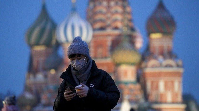 Mundo: Rússia regista recorde diário com 820 mortes