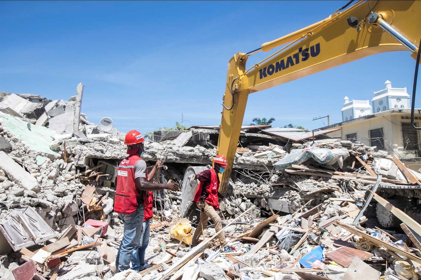 Mundo: Sismo no Haiti, número de vítimas sobe para 1.419 mortos