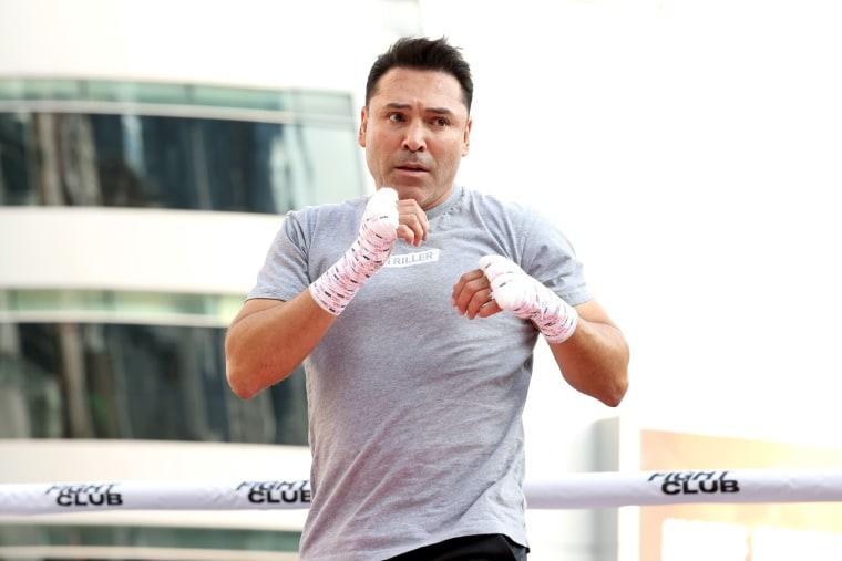 Boxe: Oscar de la Hoya oferece a Mayweather 100 milhões de dólares para o combater
