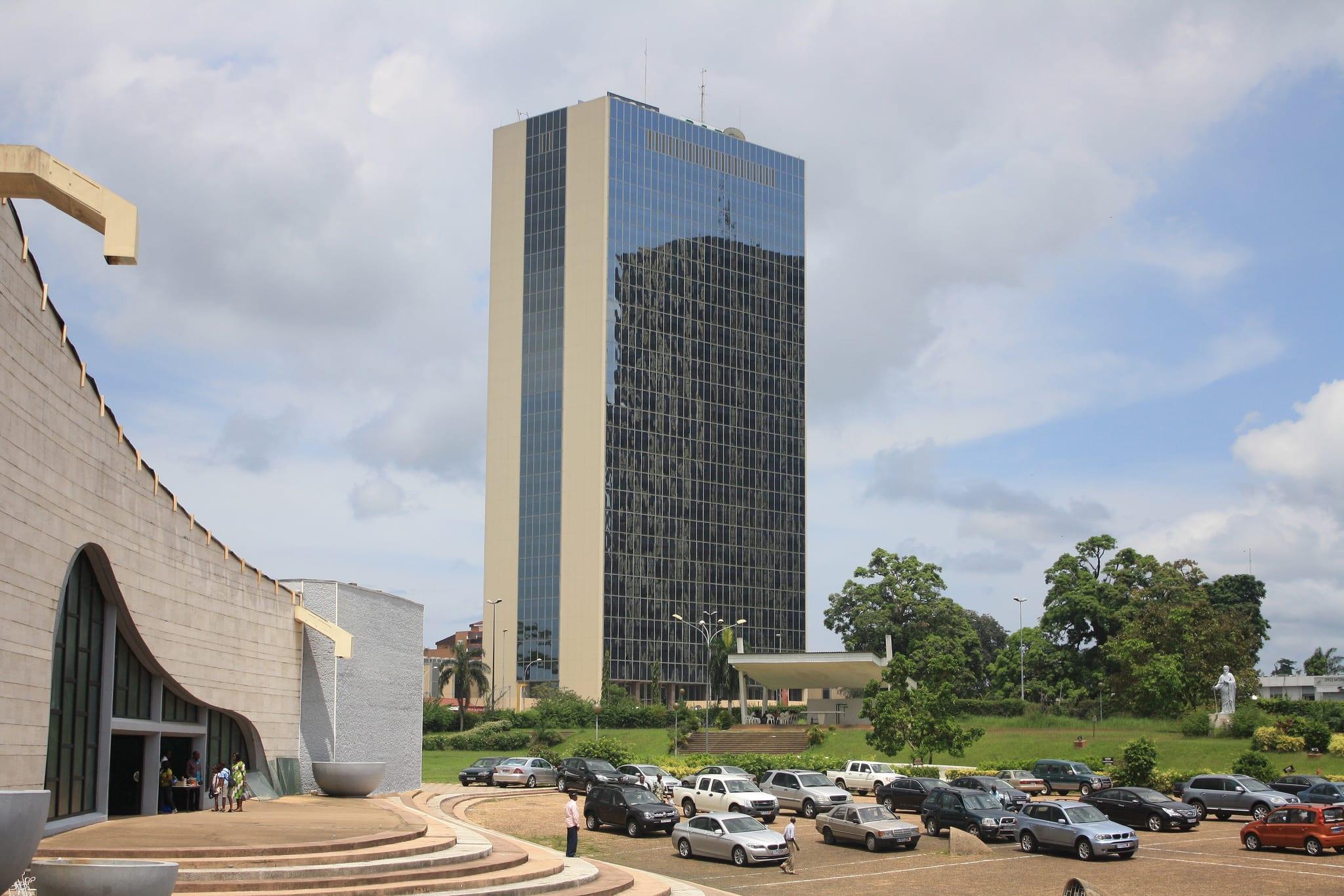 Economia: Impulsionar investimentos privados em África