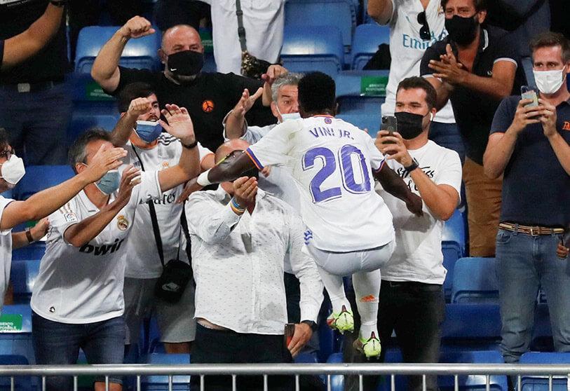 Futebol: O Madrid diverte-se no Bernabeu